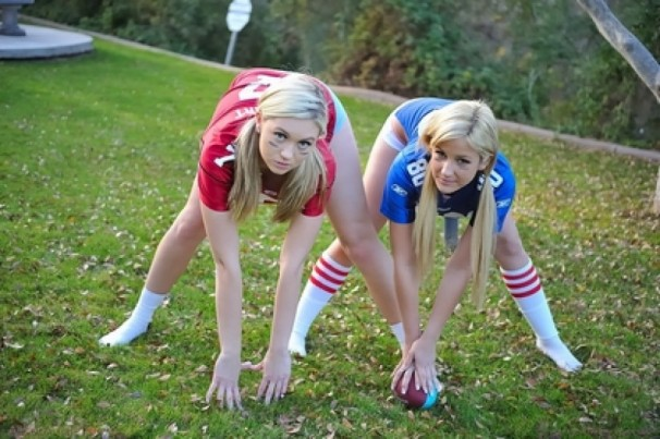 Girls-and-footballs-25-606x403